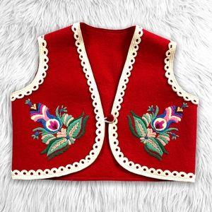 Vintage 70s Boho Felt Girls Vest Embroidered